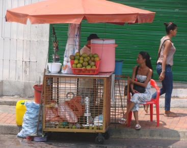 9_3 tm 10_3 Cartagena - streetlife, foodstalls08
