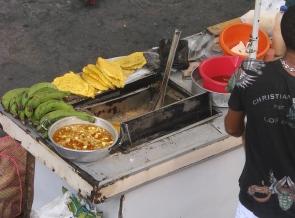 9_3 tm 10_3 Cartagena - streetlife, foodstalls10