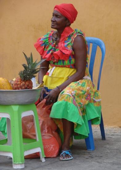 9_3 tm 10_3 Cartagena - streetlife, fruitladies11