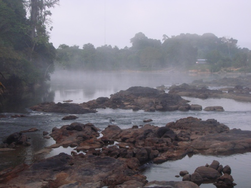 3. Boven Suriname - Suriname Rivier s morgens vroeg (3)